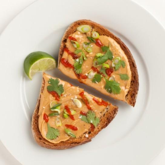 peanut-butter-sriracha-toast-620x620